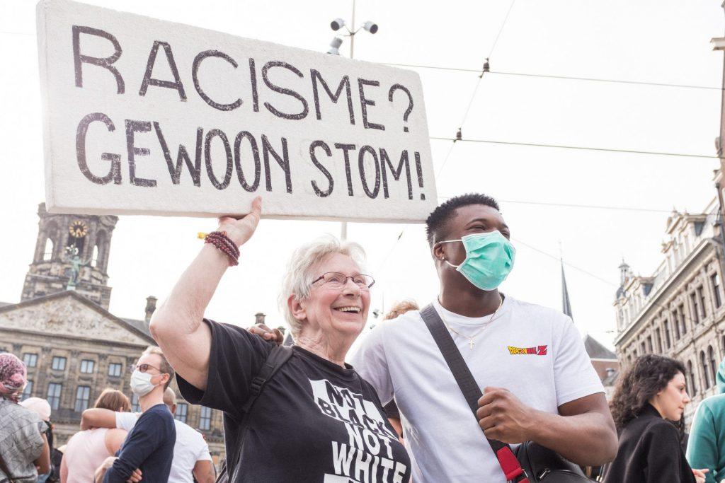 Nieuwsles racisme